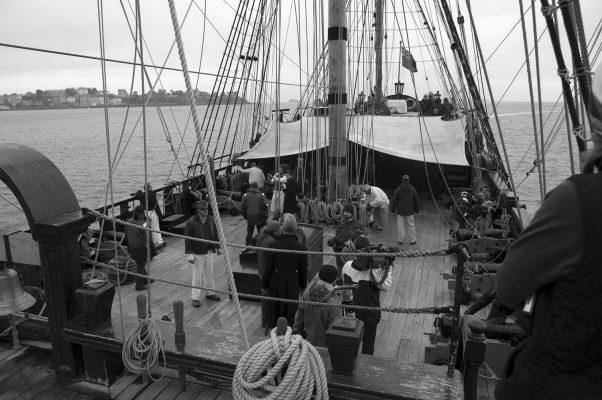 L'équipage anglais va bientôt céder sa place à l'équipe d'Etoile Marine Croisières.